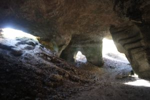 grotte tarn cordes sur ciel