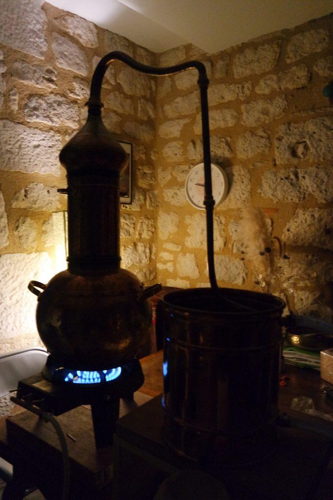 distillation eau florale